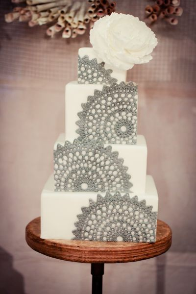 gray lace cake wedding