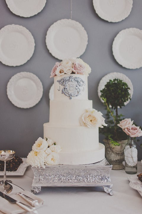 gray monogram cake wedding