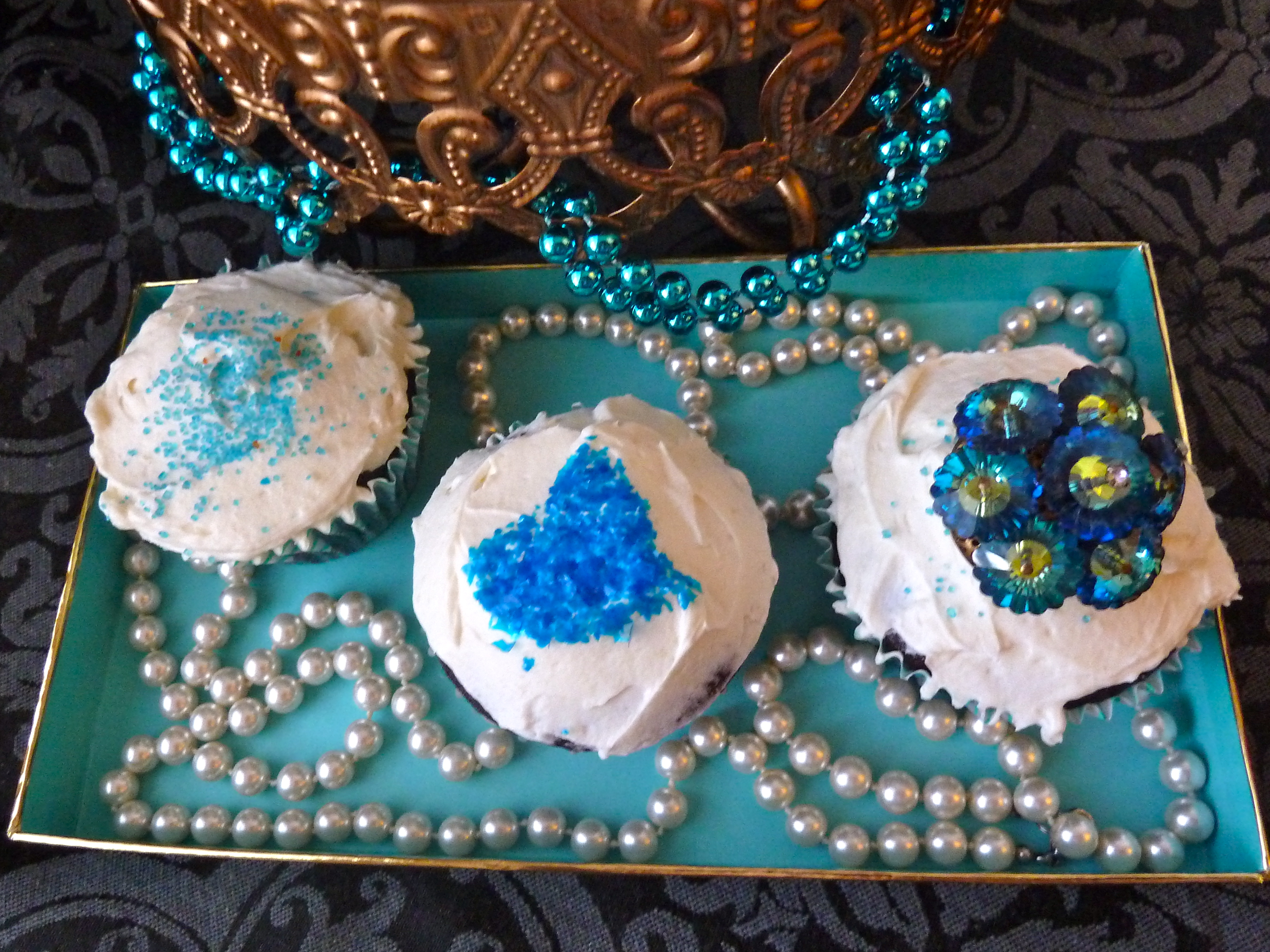 cupcakes blue tiffany sparkles pearls birthday