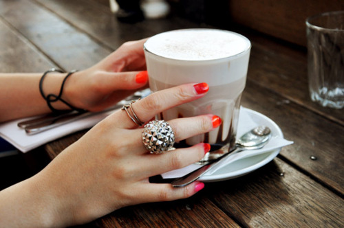 weekend coffee rings red nails