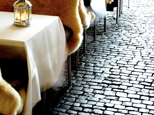 restaurant cobble stones fur
