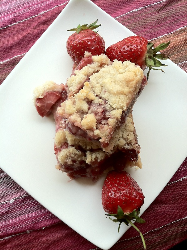 strawberry raspberry shortbread summer crumbs bars
