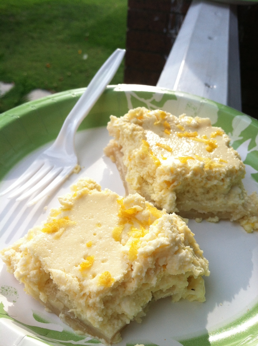 lemon ricotta cheesecake bars