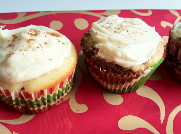 Cupcakes for Breakfast: cinnamon roll cupcakes with pecans and brown sugar