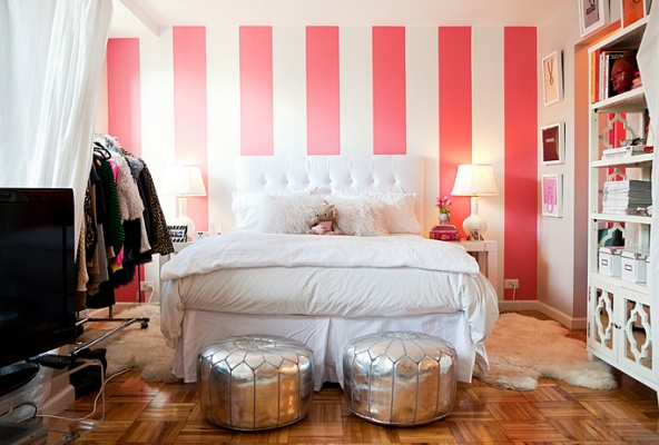 Cupcakes for Breakfast: Alexandria Heitz's girly apartment in Teen Vogue