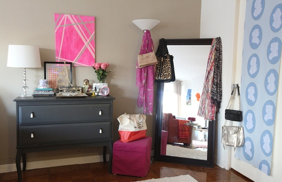 Cupcakes for Breakfast: studio apartment tour  dressing area