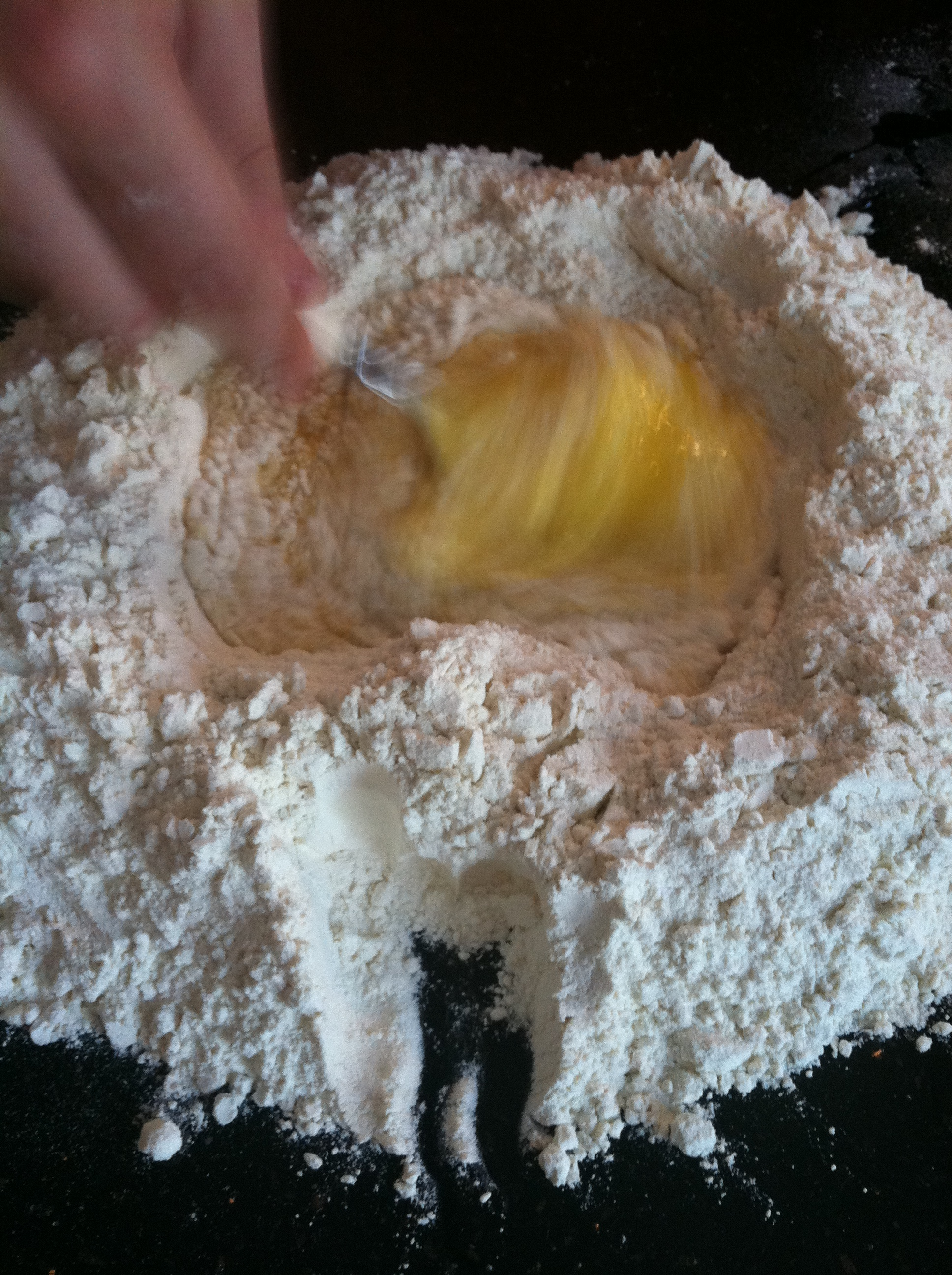 Cupcakes for Breakfast: making homemade pasta – mixing flour and eggs