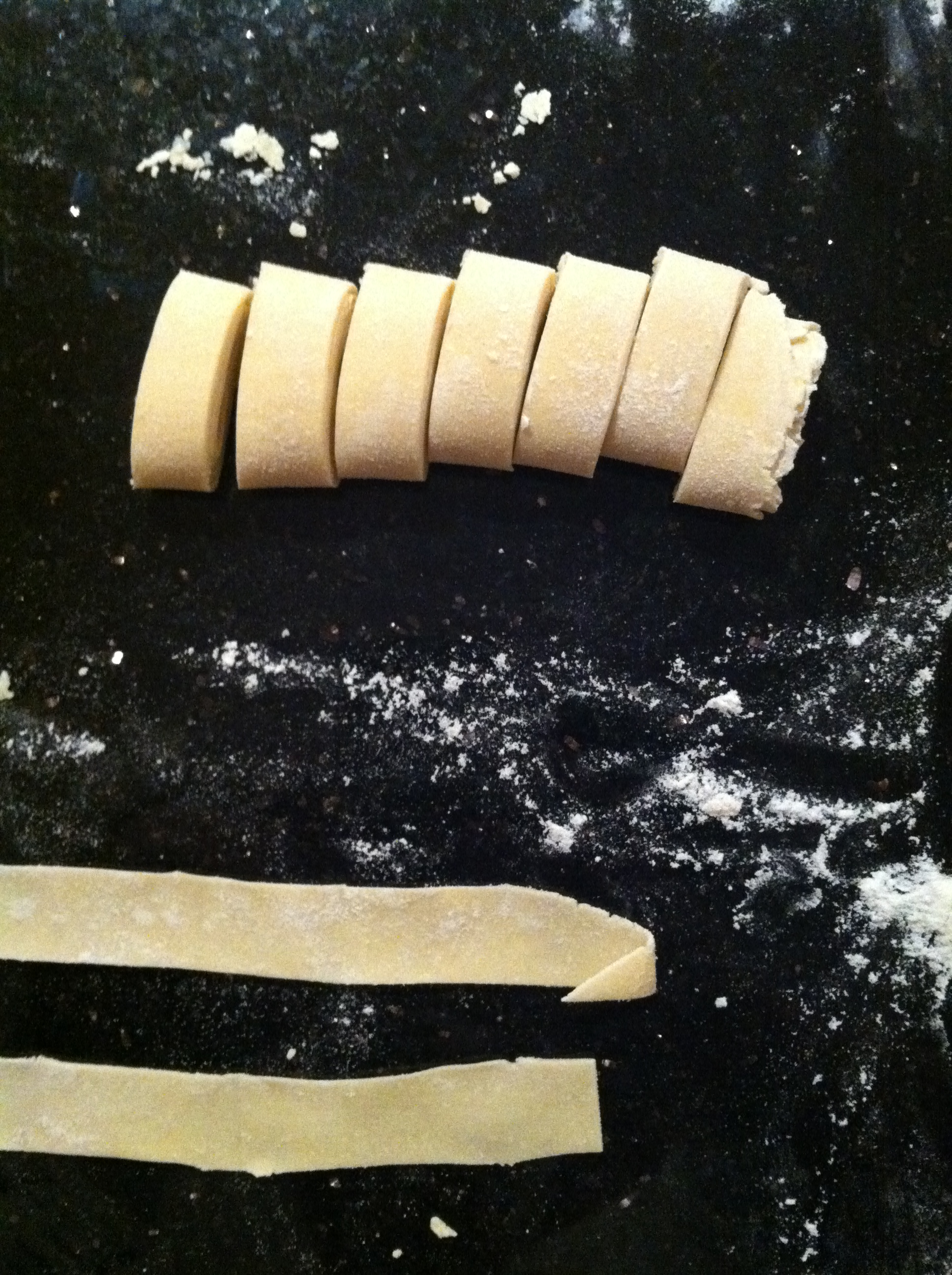 Cupcakes for Breakfast: making homemade pasta