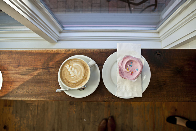 Cupcakes for Breakfast: Featured on the Glitter Guide at Baked and Wired in DC