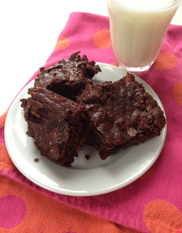 Cupcakes for Breakfast: double chocolate espresso almond salted brownies