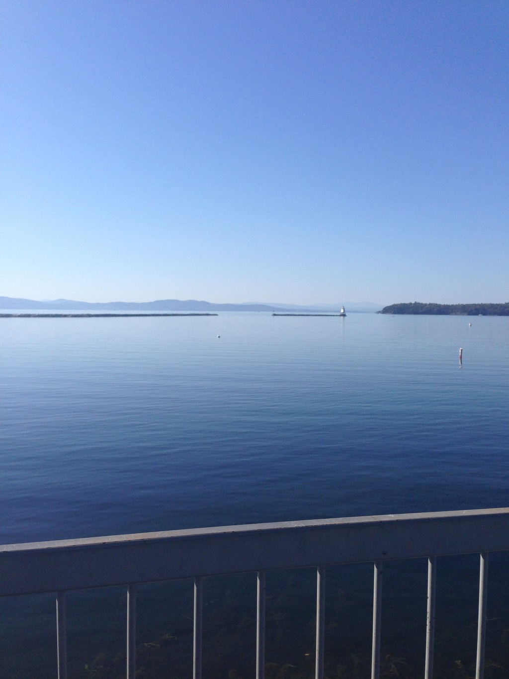 Cupcakes for Breakfast: Fall weekend in Stowe Vermont - lake Champlain