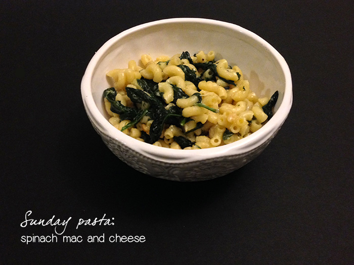 Cupcakes for Breakfast: Sunday pasta - spinach mac and cheese