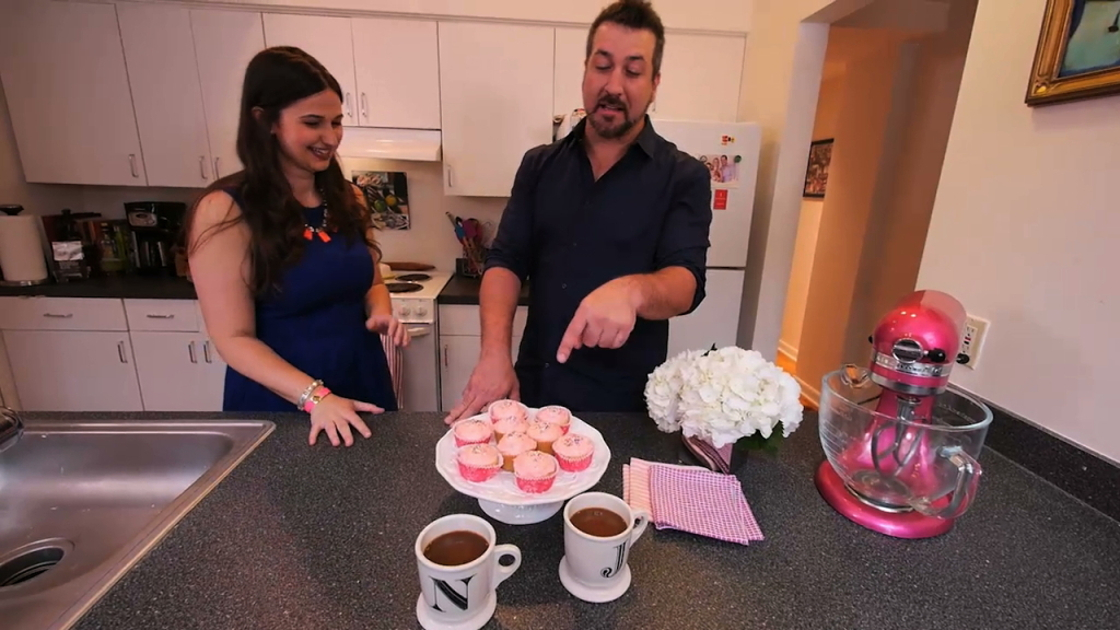 Cupcakes for Breakfast: My Family Recipe Rocks with Joey Fatone