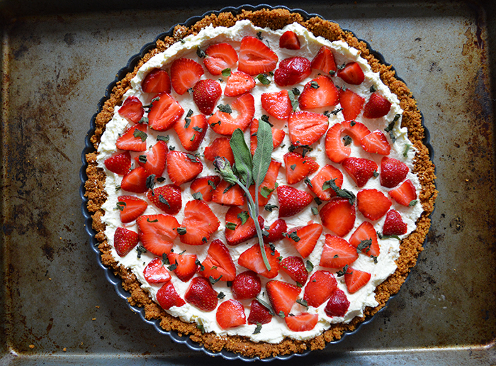 Cupcakes for Breakfast: Strawberry Sage Mascarpone Tart