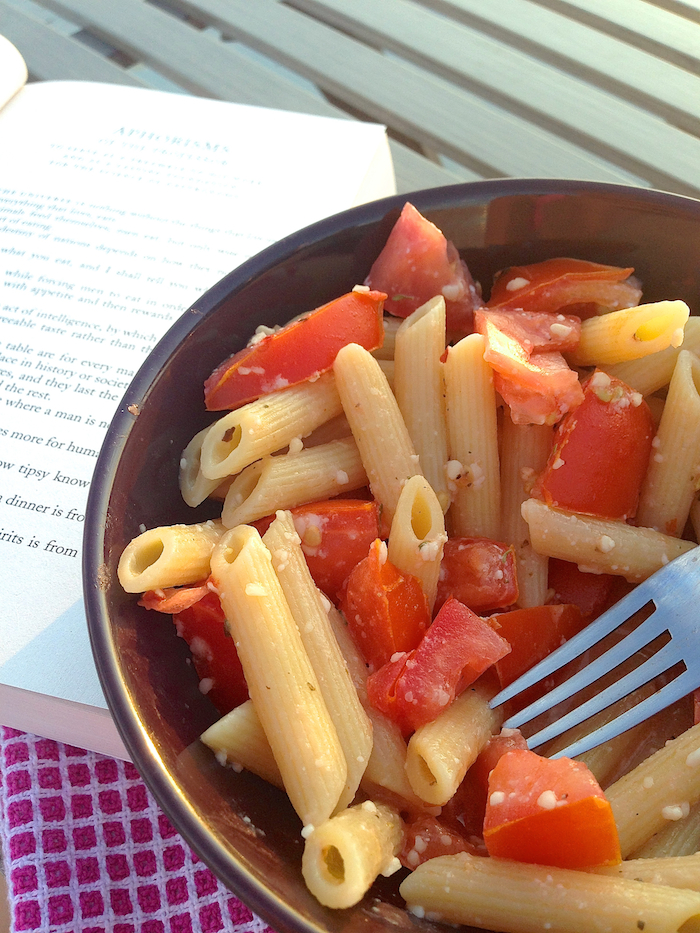 Sunday Pasta: Tomato and Olive Oil